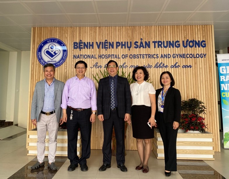 Những bông hoa chất lượng bệnh viện Việt Nam mừng mùa xuân mới